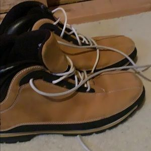 Timerland boots- excellent condition